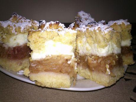 Szarlotka z pianką budyniową (ciasta i desery)