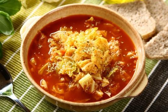 Zupa kapuściana z kapusty włoskiej