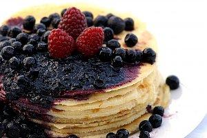 Owocowy tort naleśnikowy  prosty przepis i składniki