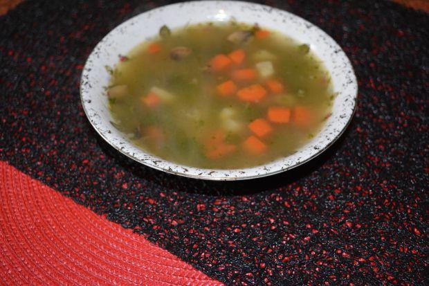 Przepis  zupa pieczarkowa z kaszą manną przepis