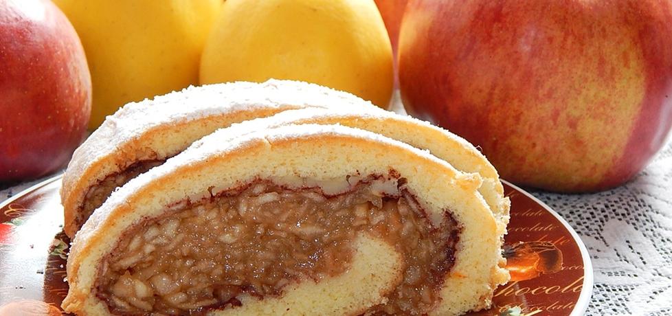 Rolada biszkoptowa z tartymi jabłkami (autor: habibi ...