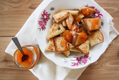 Waniliowe tosty francuskie.