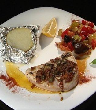 Pomidorowa salsa, włoski grill, truskawkowe niebo