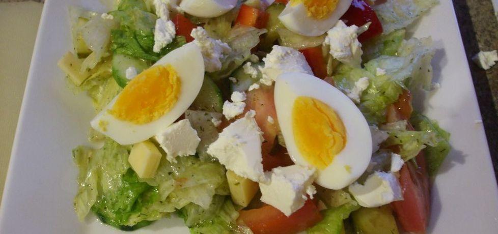 Sałata lodowa z papryką i jajkiem (autor: olkaaa ...
