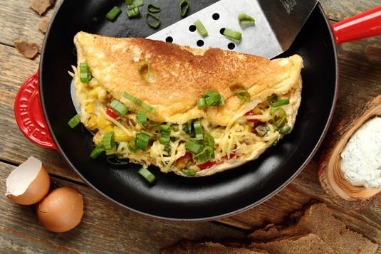 Omlet z warzywami w 10 minut  przepisy.pl