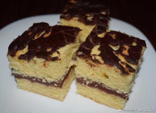Ciasto biszkoptowe z kremem