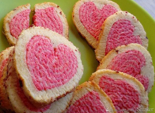Kruche, malinowe ciasteczka walentynkowe