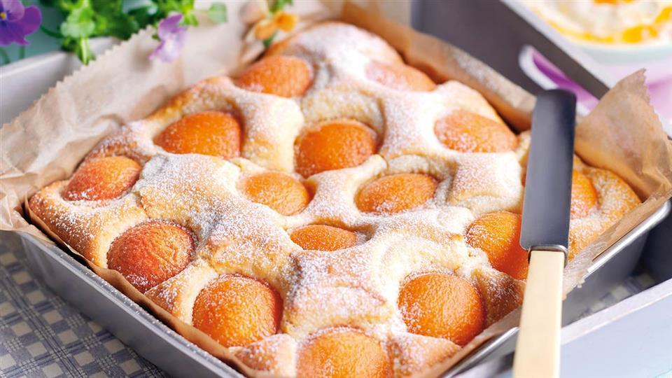 Przepis na ciasto migdałowe z morelami