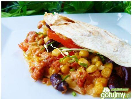 Przepis  chrupiące tortille z mięsem i warzywami przepis