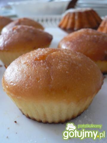 Przepis  cytrynowe muffinki na maślance przepis