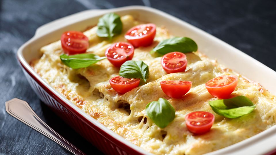 Przepis na cannelloni z mięsem w sosie porowym