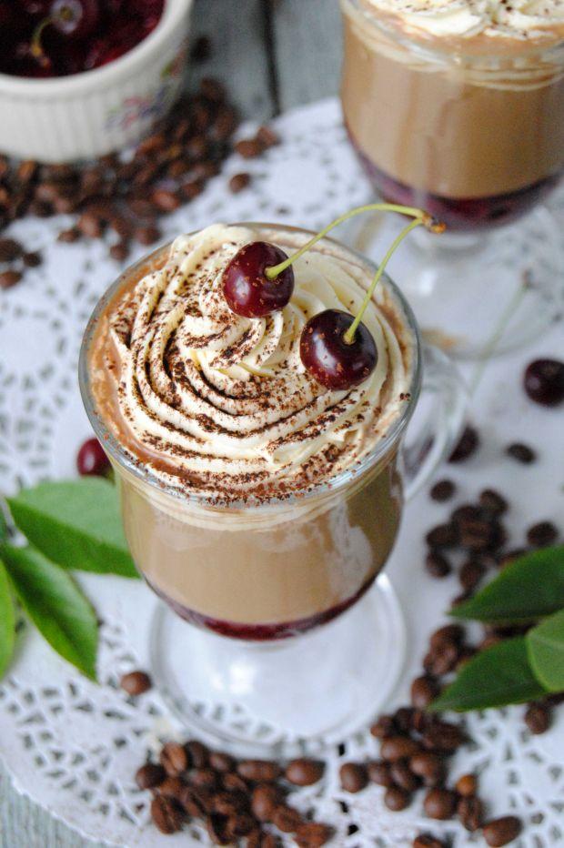 Przepis  letnia kawa z wiśniami przepis