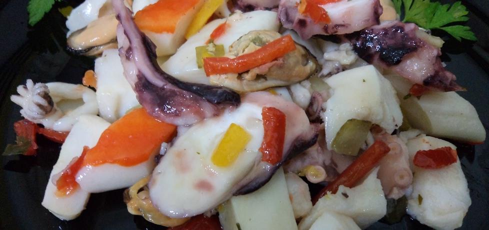 Sałatka z owoców morza (autor: adagaba)