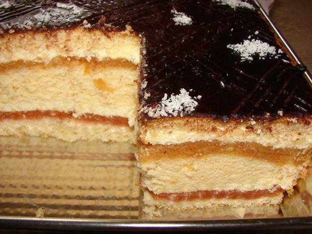 Przepis  ciasto z jabłkami i masą budyniową przepis
