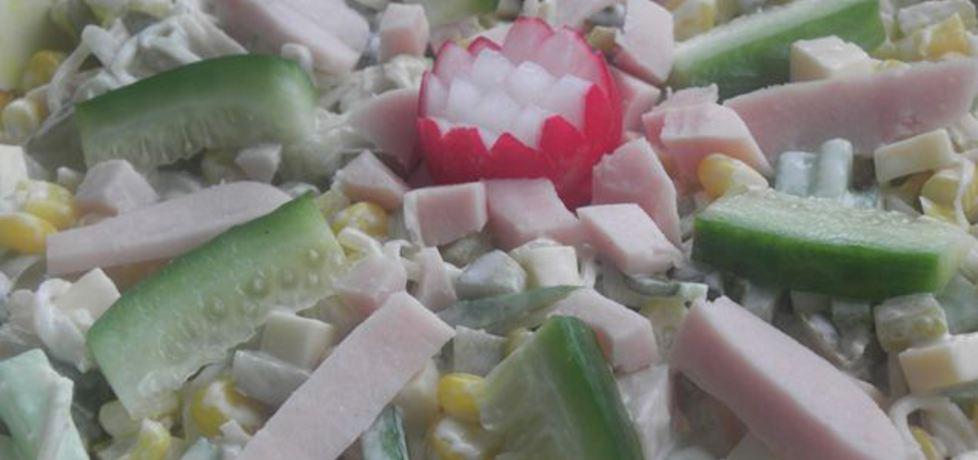 Sałatka z selerem konserwowym. (autor: ewa104)