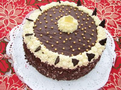 Tort piernikowy z masą grysikową