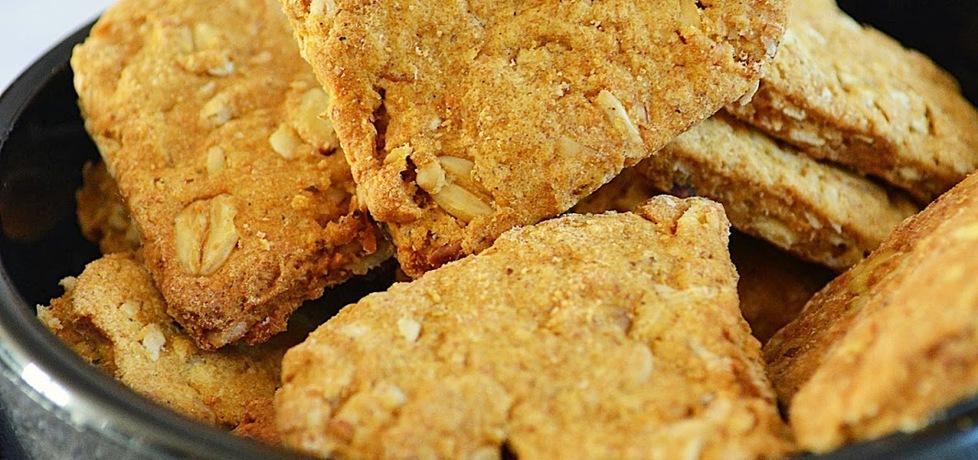 Ciasteczka owsiane z przyprawą korzenną, bez cukru, pełnoziarniste