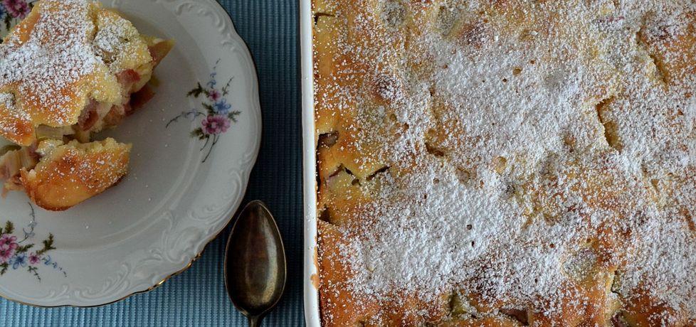 Pudding z rabarbarem i sosem karmelowym (autor: dom