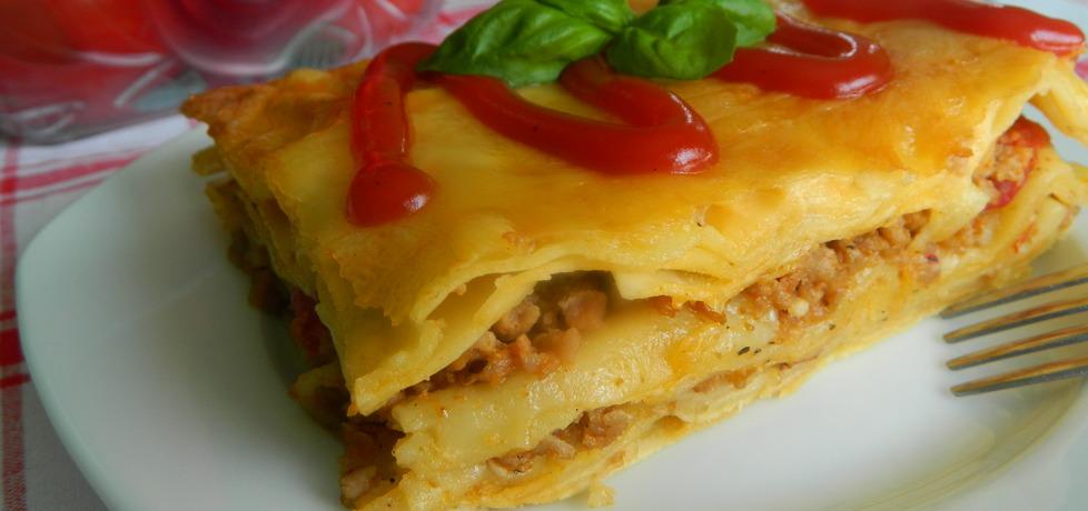 Lazania z mięsem mielonym i pomidorami (autor: bietka ...