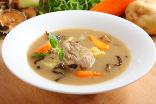 Zupa grzybowa na żeberkach