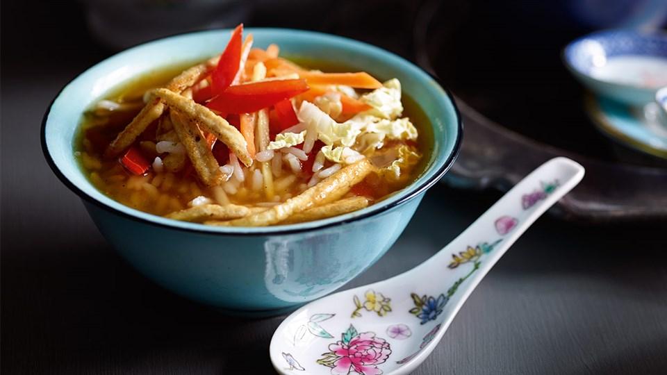 Przepis na japońską zupę z herbaty z ryżem