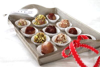 Pralinki marcepanowe w czekoladzie
