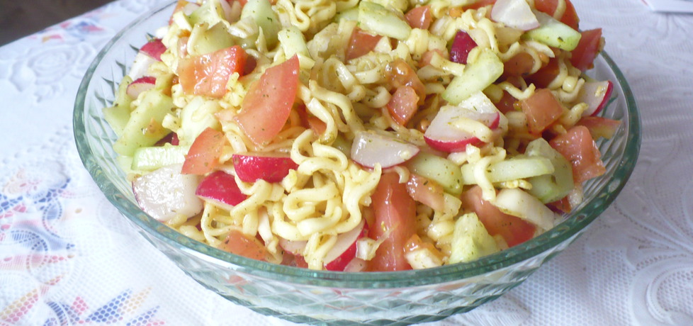 Sałatka z zupek chińskich (autor: inka2012)