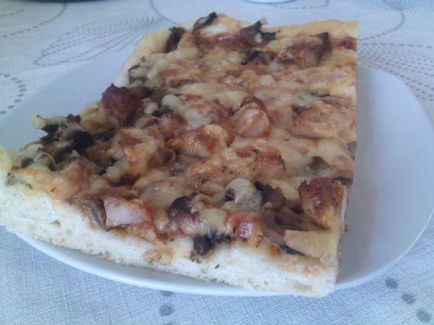 Przepis  pizza z gyrosem przepis