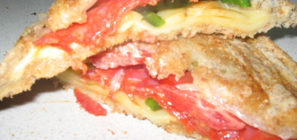 Tosty z salami pomidorem i papryką (autor: medi)