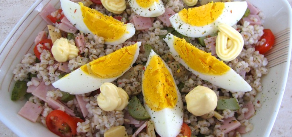 Wielkanocna sałatka z kaszą jęczmienną (autor: panimisiowa ...