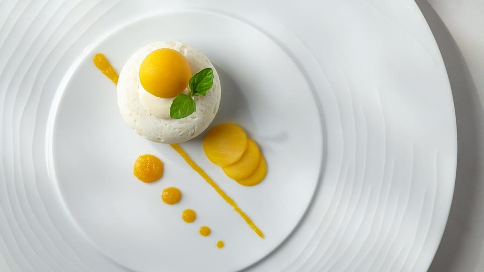 Orientalny deser ryżowo-kokosowy