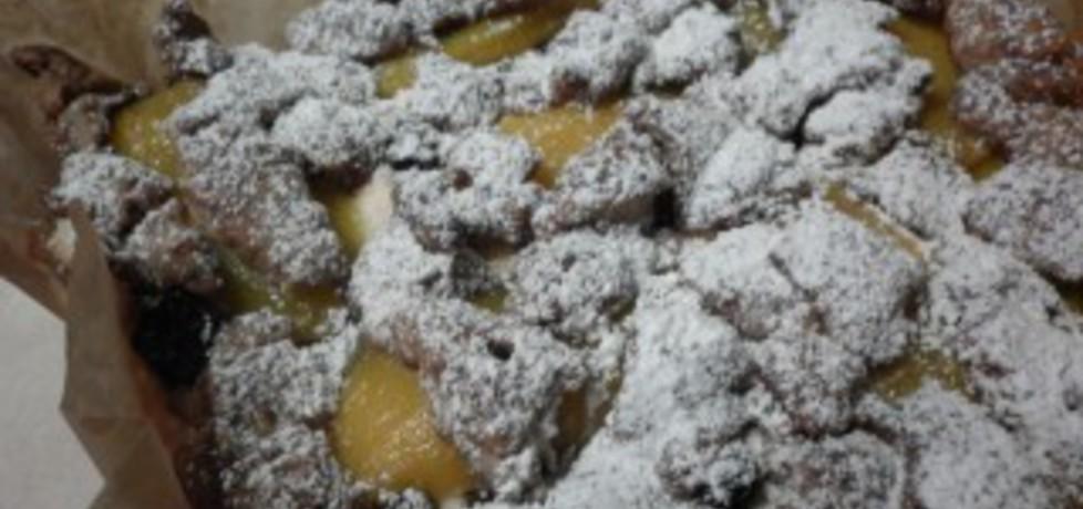 Pyszne ciasto z jabłkami, mango i rodzynkami hetmańskimi (autor ...