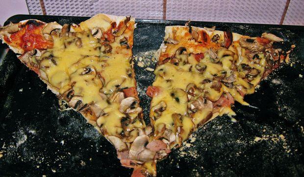 Przepis  domowa pizza- prosta i pyszna przepis