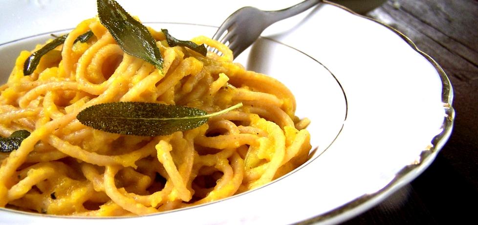 Spaghetti z sosem z dyni z szałwią (autor: caralajna ...