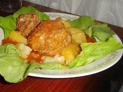Klopsy babuni (w sosie pomidorowym z marchewką ...