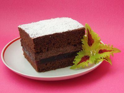 Mocno czekoladowe ciasto z wiśniami