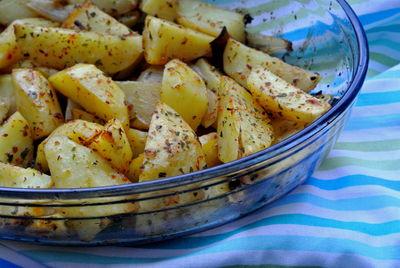 Czerwone ziemniaki pieczone