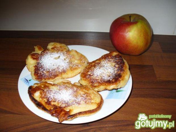 Przepis  pyszne racuchy z jabłkami przepis