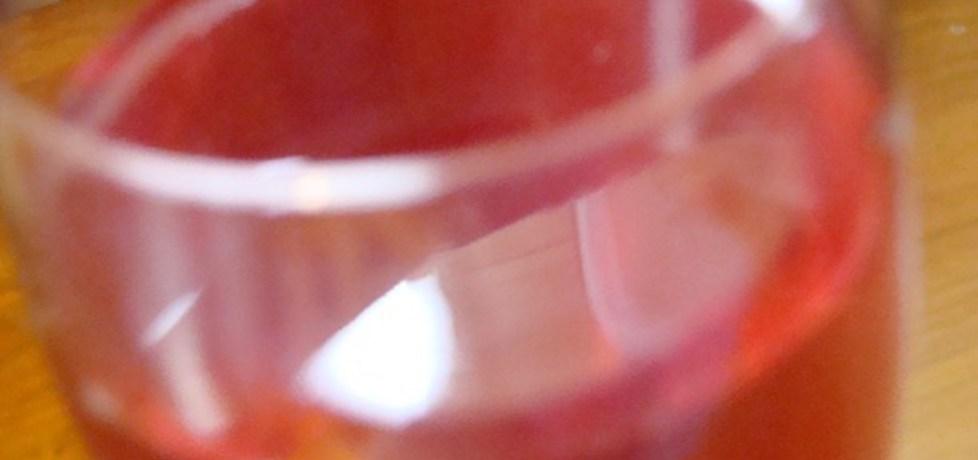 Wino z czerwonej porzeczki (autor: monika193)