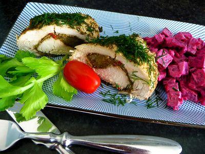 Roladki na parze z pesto, sałatą i selerem