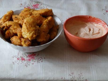 Przepis  nuggetsy z kurczaka z sosem przepis